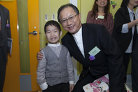 Dr Ip and the little volunteer